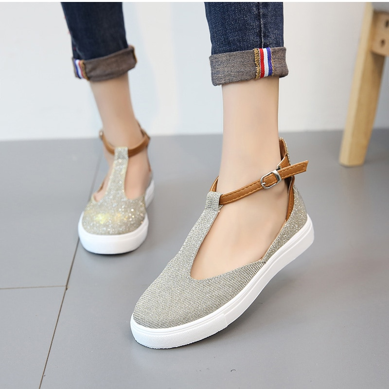 Women's Casual Style Closed Toe Flat Sandals