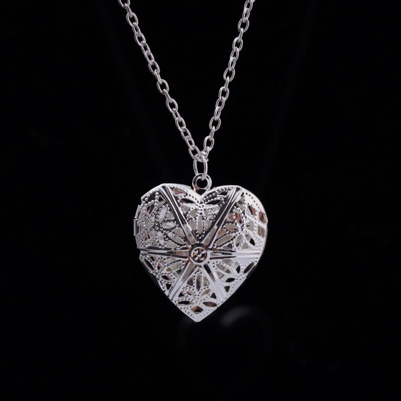 Women's Heart Shaped Pendant Necklace