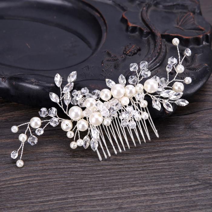 Handmade Pearls Design White Side Comb