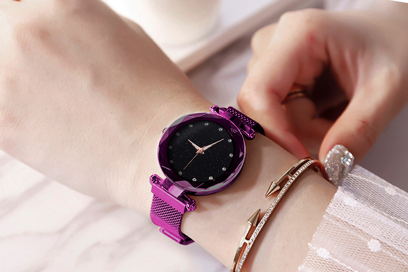 Women's Luxury Style Starry Sky Design Watch