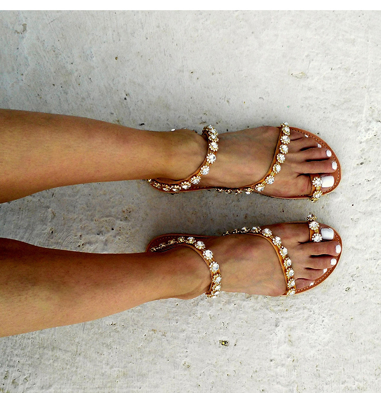 Women's Flowers Decorated Leather Sandals